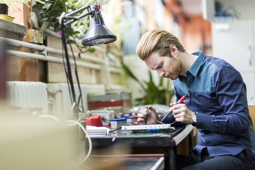 5 Benefits of Outsourcing IT Support Services